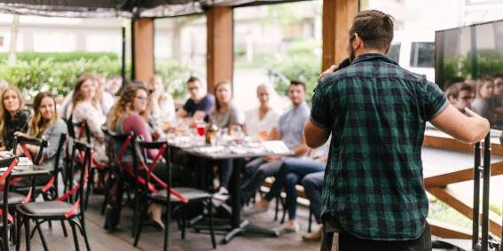 Hablar en público como competencia profesional