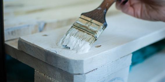 DIYs para hacer muebles de palés para tu casa